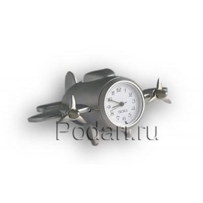Самолет с часами