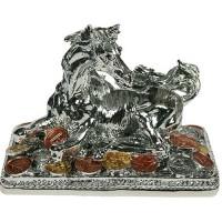 Лошадь на монетках серебро