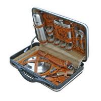 Набор для пикника в пластиком кейсе
